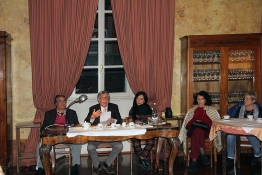 Tavolo della presidenza del Caffè letterario del 6 novembre 2019