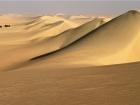 02_Viaggiatori_tra_le_dune