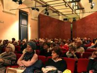 Il numeroso pubblico in sala al Lunedì della Dante del 17 novembre