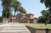 Esterno del Mausoleo di Galla Placidia, a Ravenna