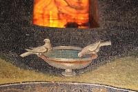Particolare dei due colombi